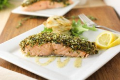 Pistachio-Pesto-crusted-salmon1-0693-300x200